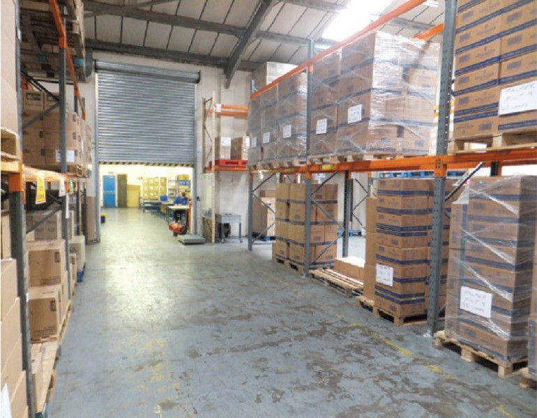S and R Tradelink Warehouse